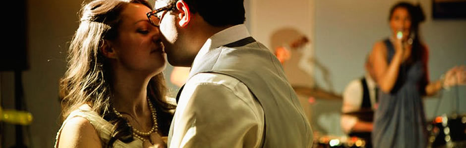 Live music for weddings & receptions